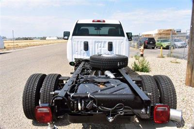 2020 GMC Sierra 3500 Regular Cab 4x4, Cab Chassis #D400273 - photo 2