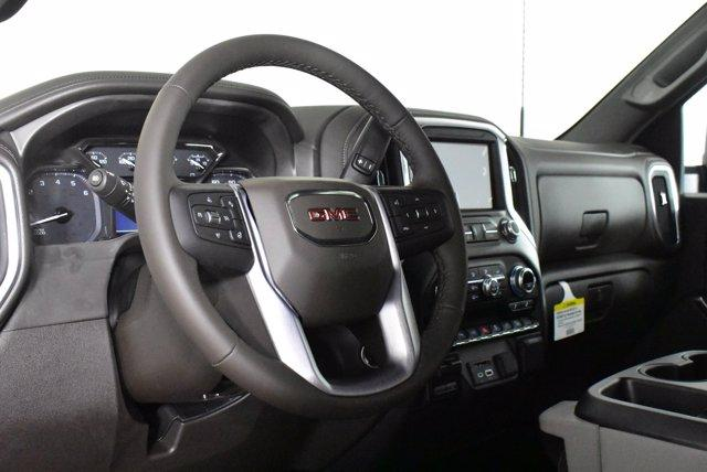2020 GMC Sierra 2500 Crew Cab 4x4, Pickup #D400930 - photo 8