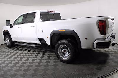 2021 GMC Sierra 3500 Crew Cab 4x4, Pickup #D410490 - photo 2