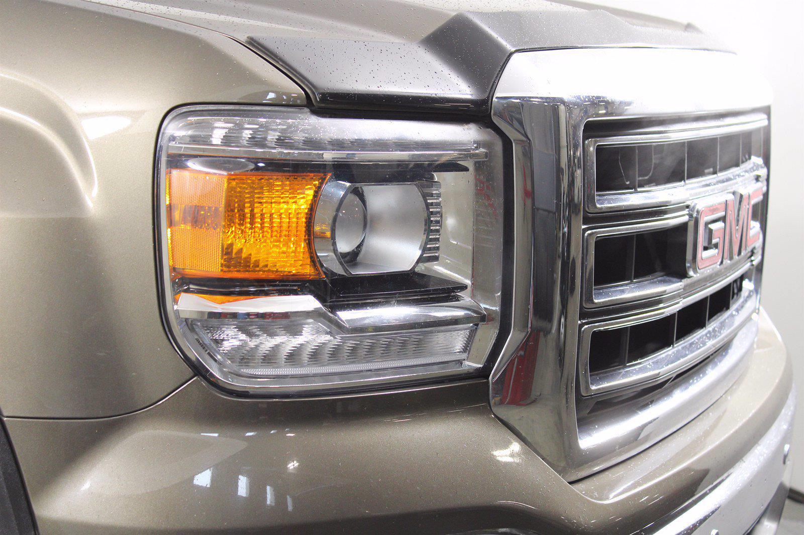 2015 GMC Sierra 1500 Crew Cab 4x4, Pickup #D410747A - photo 10