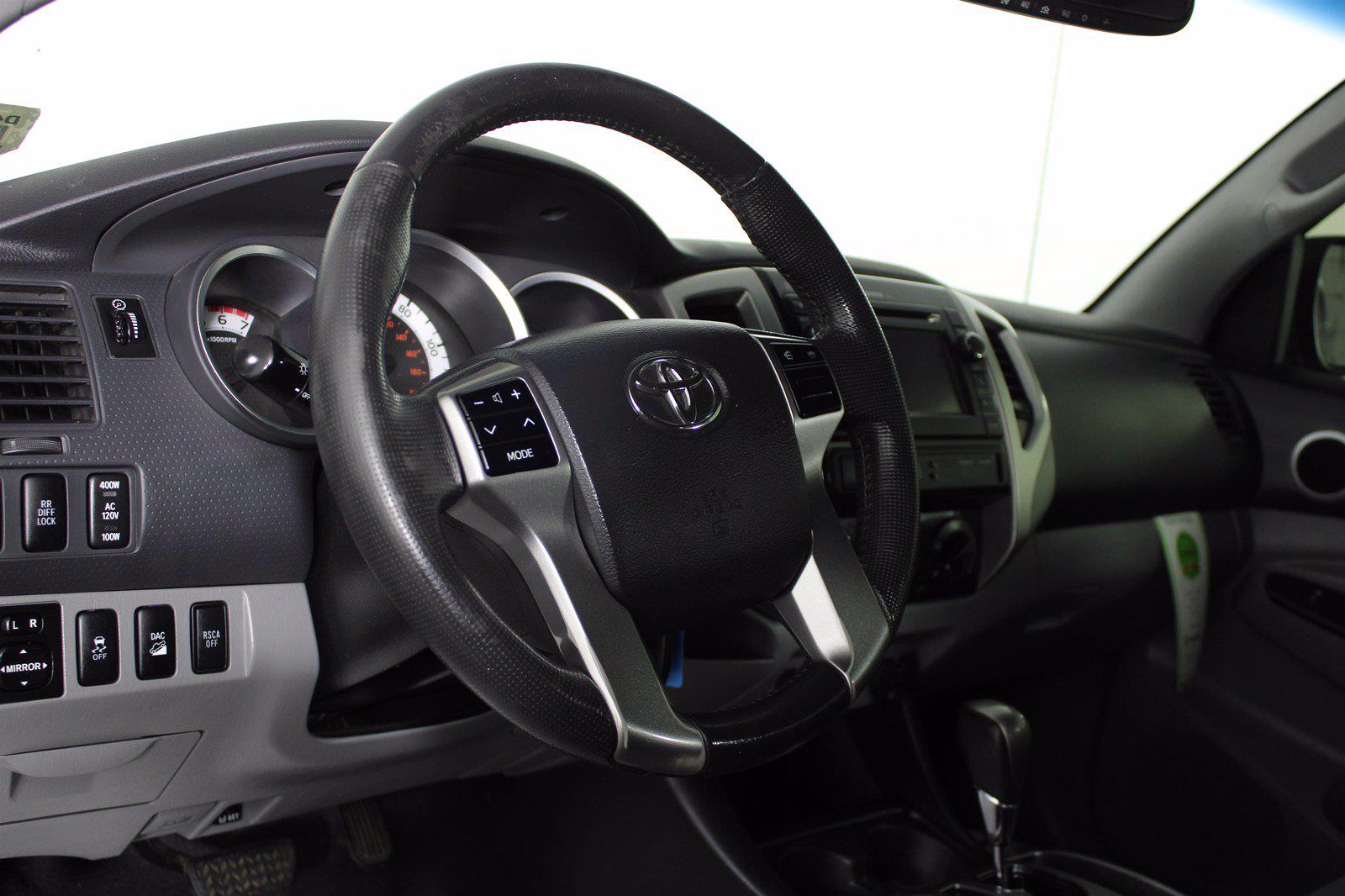 2013 Toyota Tacoma Double Cab 4x4, Pickup #D410815B - photo 3