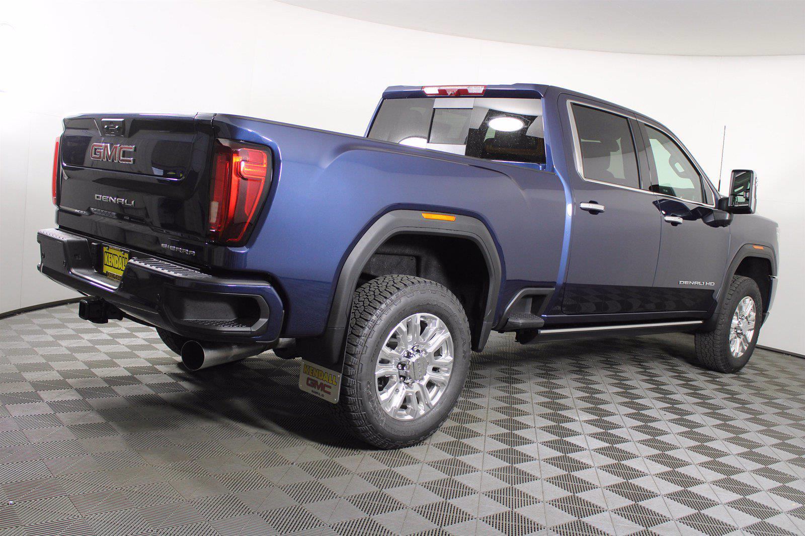 2021 GMC Sierra 2500 Crew Cab 4x4, Pickup #D410852 - photo 6