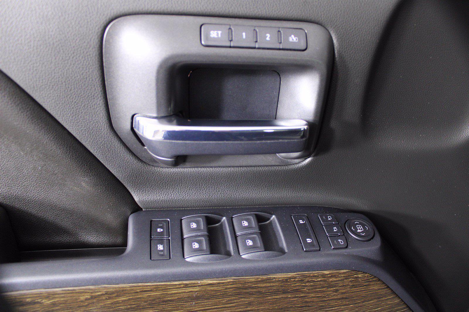 2017 GMC Sierra 1500 Crew Cab 4x4, Pickup #D410874A - photo 10