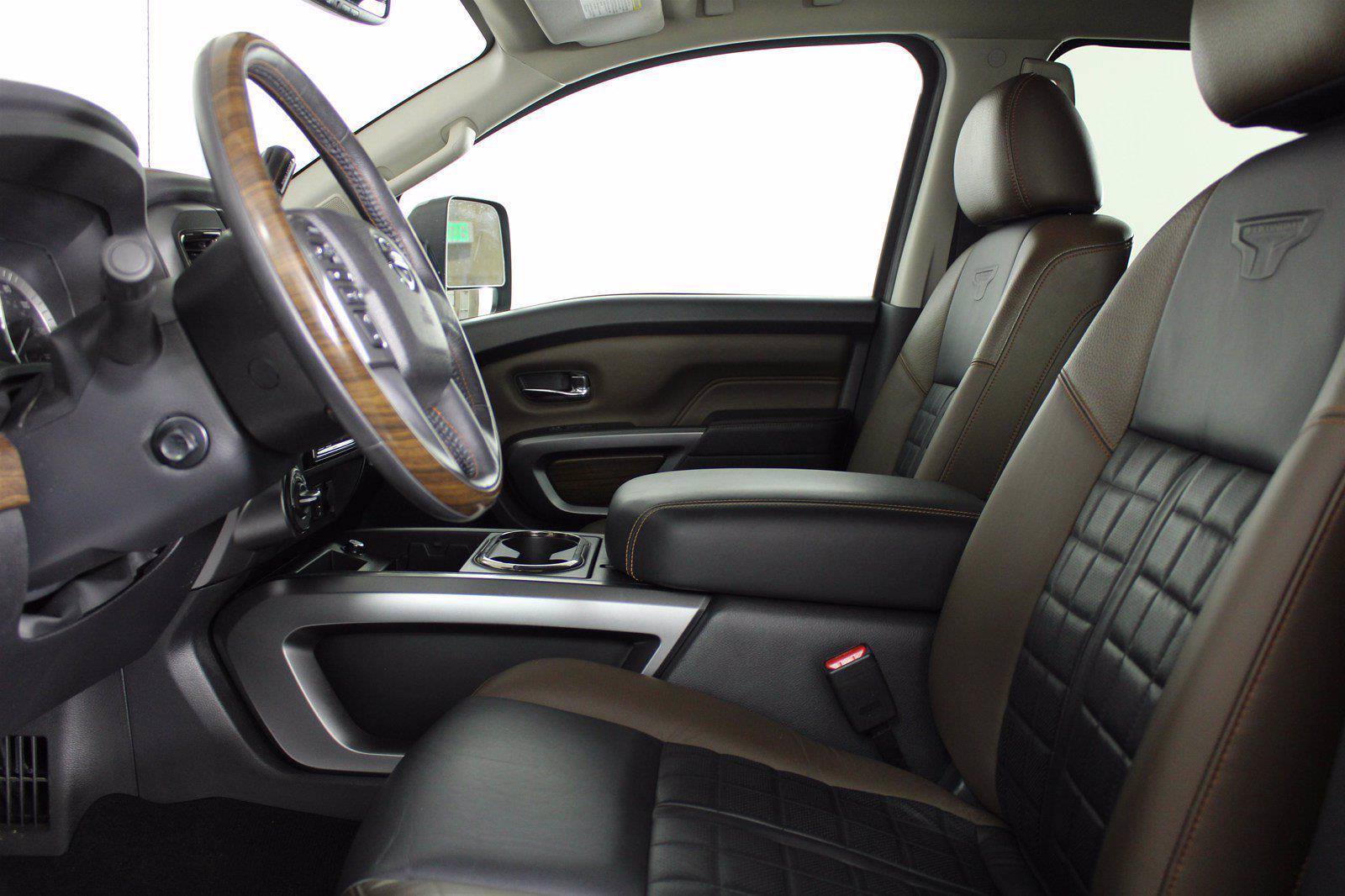 2016 Nissan Titan XD Crew Cab 4x4, Pickup #D410876B - photo 13