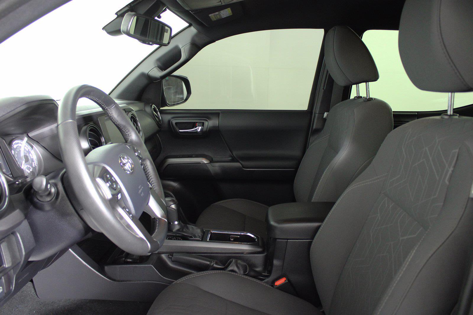 2018 Toyota Tacoma Double Cab 4x4, Pickup #D410890B - photo 3