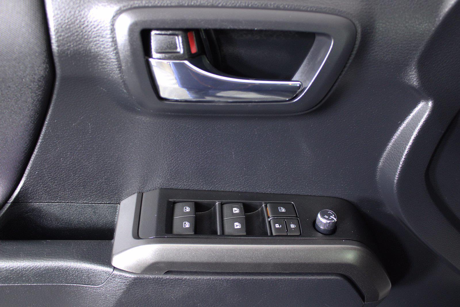 2018 Toyota Tacoma Double Cab 4x4, Pickup #D410890B - photo 9