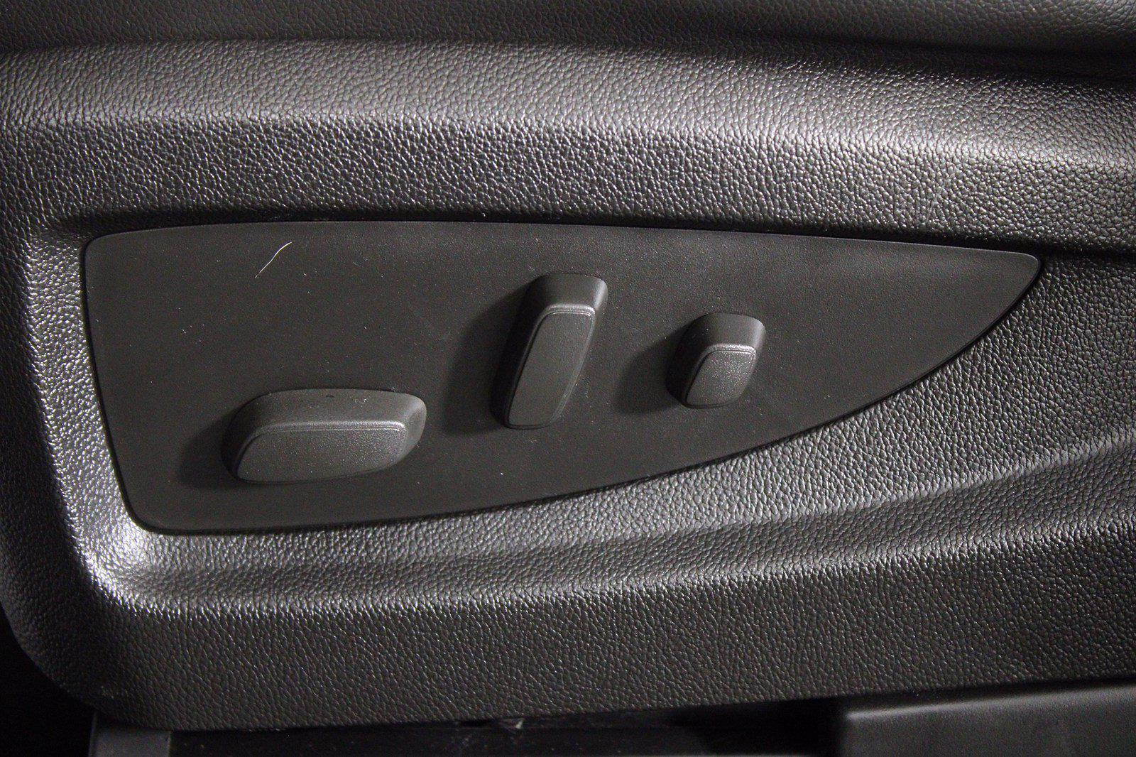 2014 GMC Sierra 1500 Crew Cab 4x4, Pickup #D410918B - photo 16