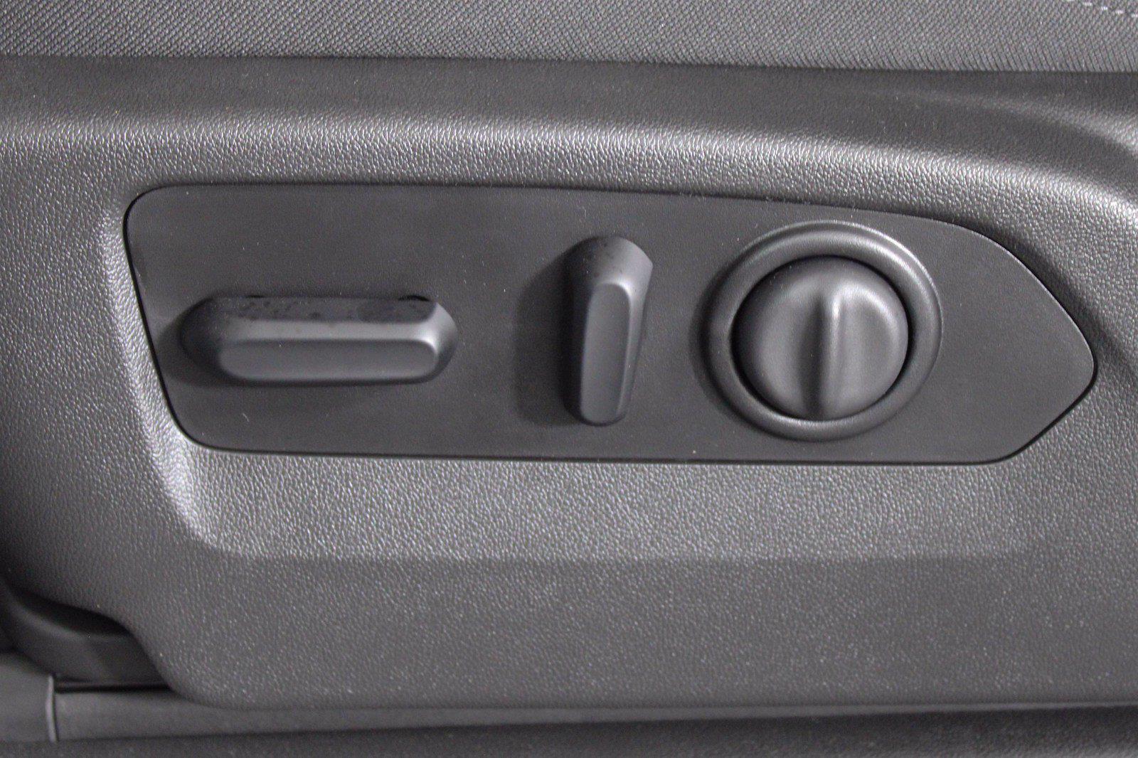 2022 Sierra 2500 Regular Cab 4x4,  Pickup #D420025 - photo 29