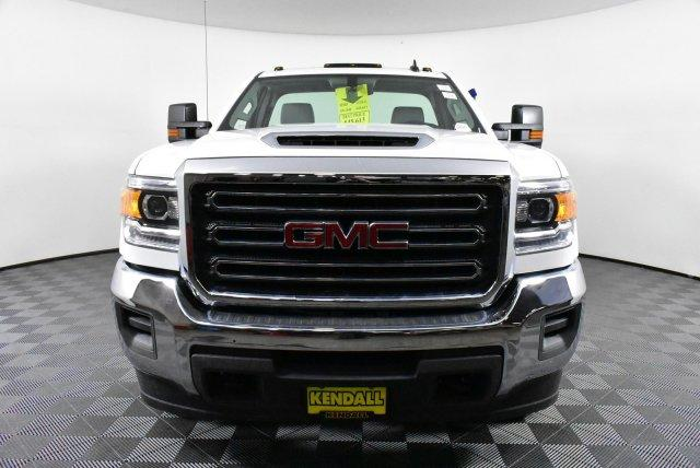 2018 Sierra 3500 Regular Cab DRW 4x4,  Cab Chassis #D480515 - photo 3