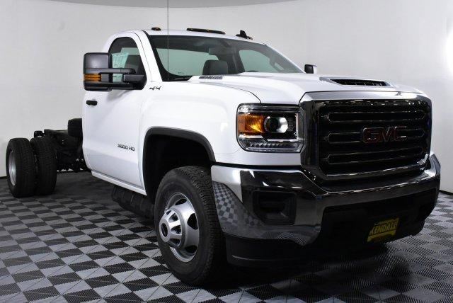 2018 Sierra 3500 Regular Cab DRW 4x4, Cab Chassis #D480516 - photo 4
