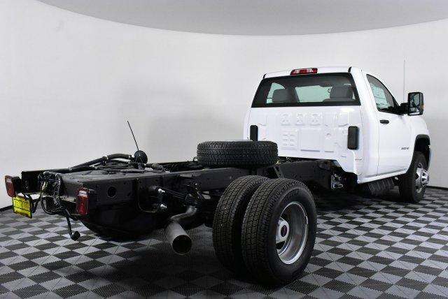 2018 Sierra 3500 Regular Cab DRW 4x4, Cab Chassis #D480516 - photo 5