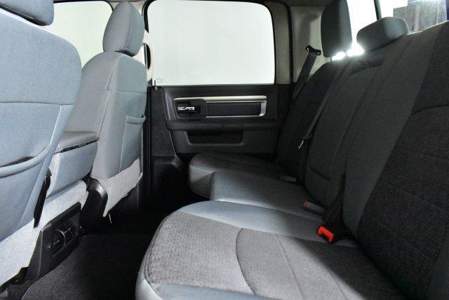 2015 Ram 1500 Crew Cab 4x4, Pickup #D990388A - photo 15
