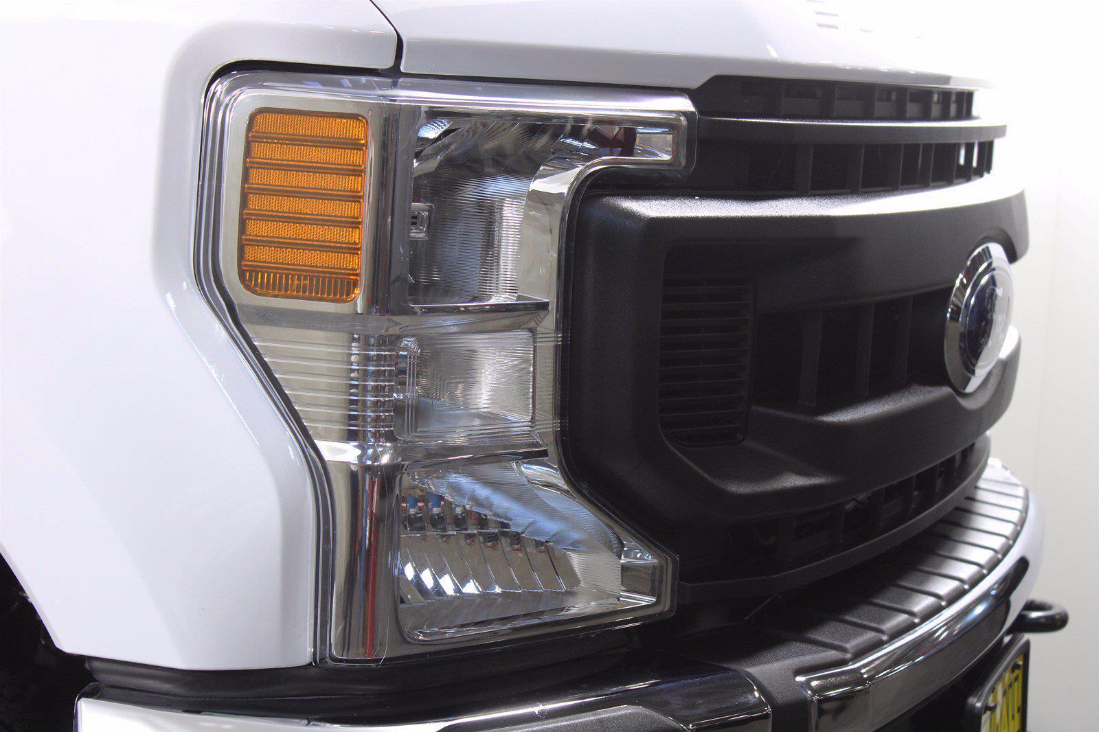 2020 Ford F-350 Crew Cab 4x4, Pickup #DAA0577 - photo 5