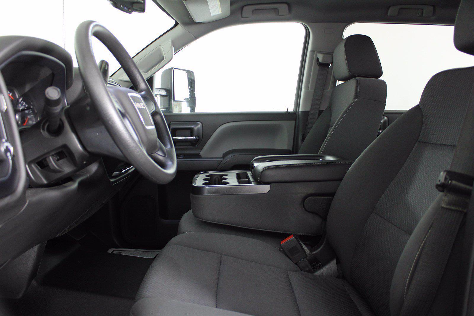 2019 GMC Sierra 2500 Crew Cab 4x4, Pickup #DAB0719 - photo 4