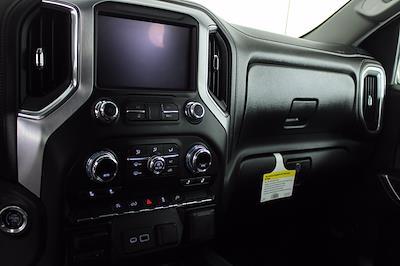 2020 GMC Sierra 1500 Crew Cab 4x4, Pickup #DAF0533 - photo 3