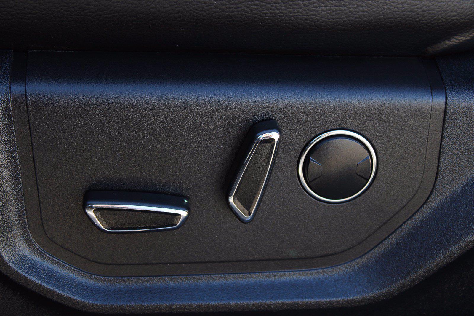 2015 F-150 SuperCrew Cab 4x4,  Pickup #DAH0304B - photo 10