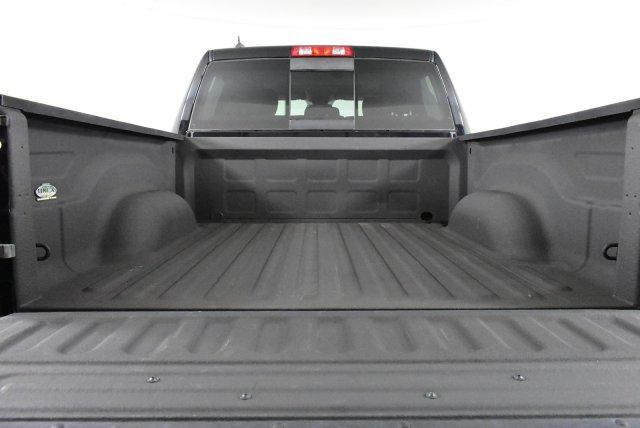 2014 Ram 1500 Crew Cab 4x4, Pickup #DU89870 - photo 9