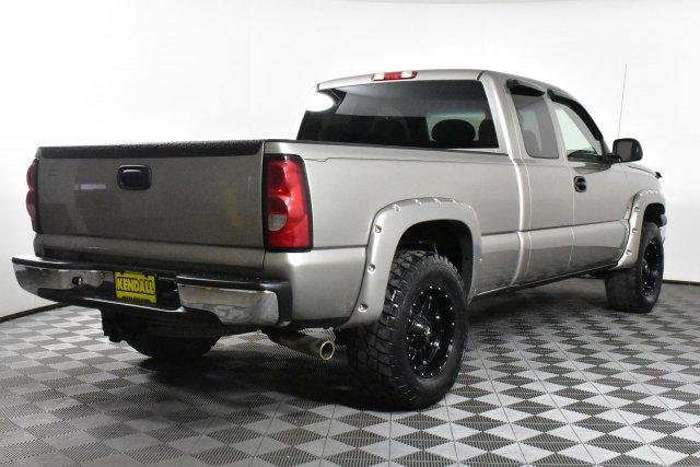 2004 Silverado 1500 Extended Cab 4x4,  Pickup #D100013B - photo 5