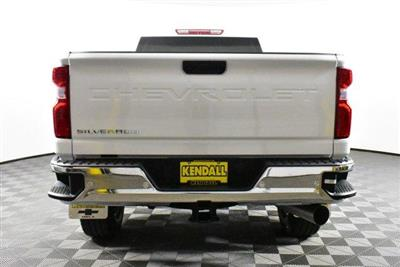 2020 Silverado 3500 Crew Cab 4x4, Pickup #D100090 - photo 7