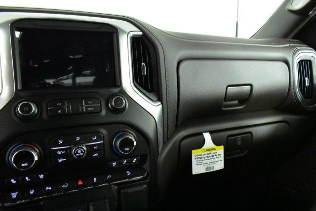 2020 Silverado 3500 Crew Cab 4x4, Pickup #D100152 - photo 10