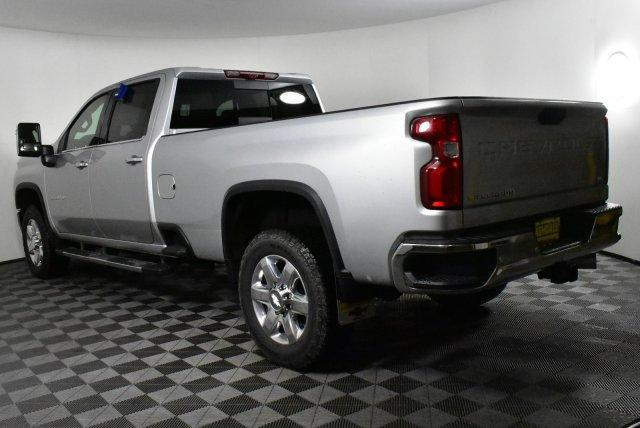 2020 Silverado 3500 Crew Cab 4x4, Pickup #D100152 - photo 2