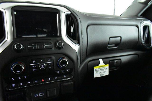 2020 Silverado 3500 Crew Cab 4x4, Pickup #D100153 - photo 10