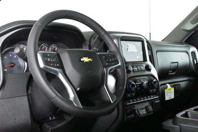 2020 Silverado 3500 Crew Cab 4x4, Pickup #D100177 - photo 9