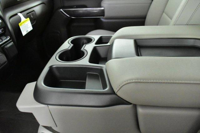 2020 Silverado 1500 Crew Cab 4x2,  Pickup #D100208 - photo 12