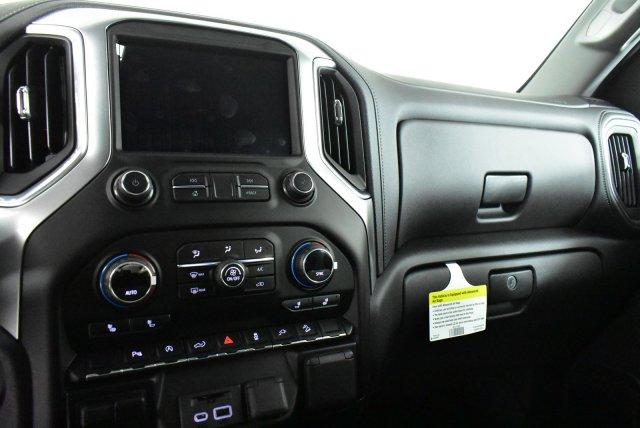 2020 Silverado 1500 Crew Cab 4x2,  Pickup #D100209 - photo 11
