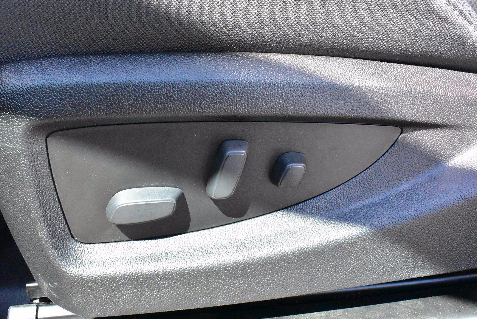 2020 Chevrolet Silverado 5500 DRW 4x2, Cab Chassis #D100225 - photo 6