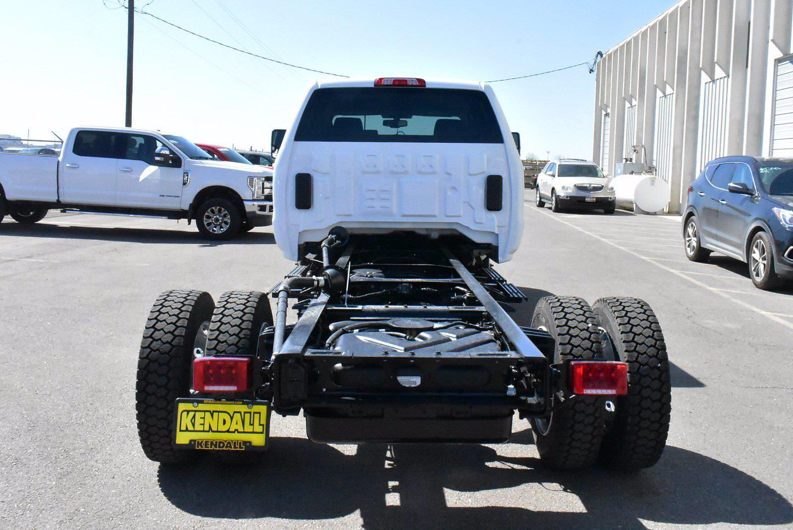 2020 Chevrolet Silverado 5500 DRW 4x2, Cab Chassis #D100225 - photo 2
