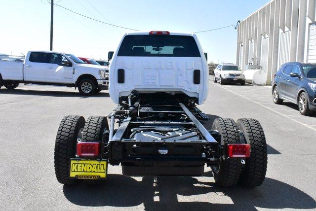 2020 Chevrolet Silverado Medium Duty Crew Cab DRW RWD, Cab Chassis #D100225 - photo 1
