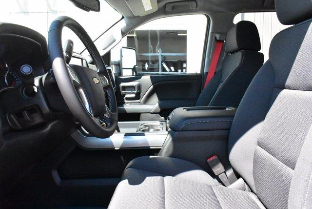 2020 Silverado Medium Duty Crew Cab DRW 4x2, Cab Chassis #D100225 - photo 7