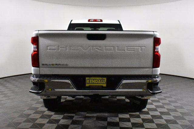 2020 Chevrolet Silverado 2500 Regular Cab 4x4, Pickup #D100289 - photo 7