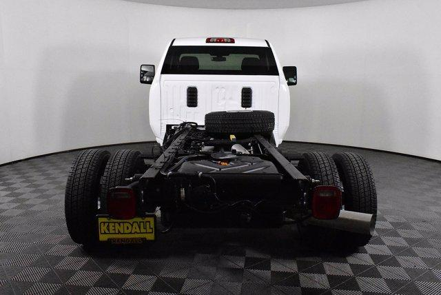 2020 Chevrolet Silverado 3500 Regular Cab DRW 4x4, Cab Chassis #D100309 - photo 2
