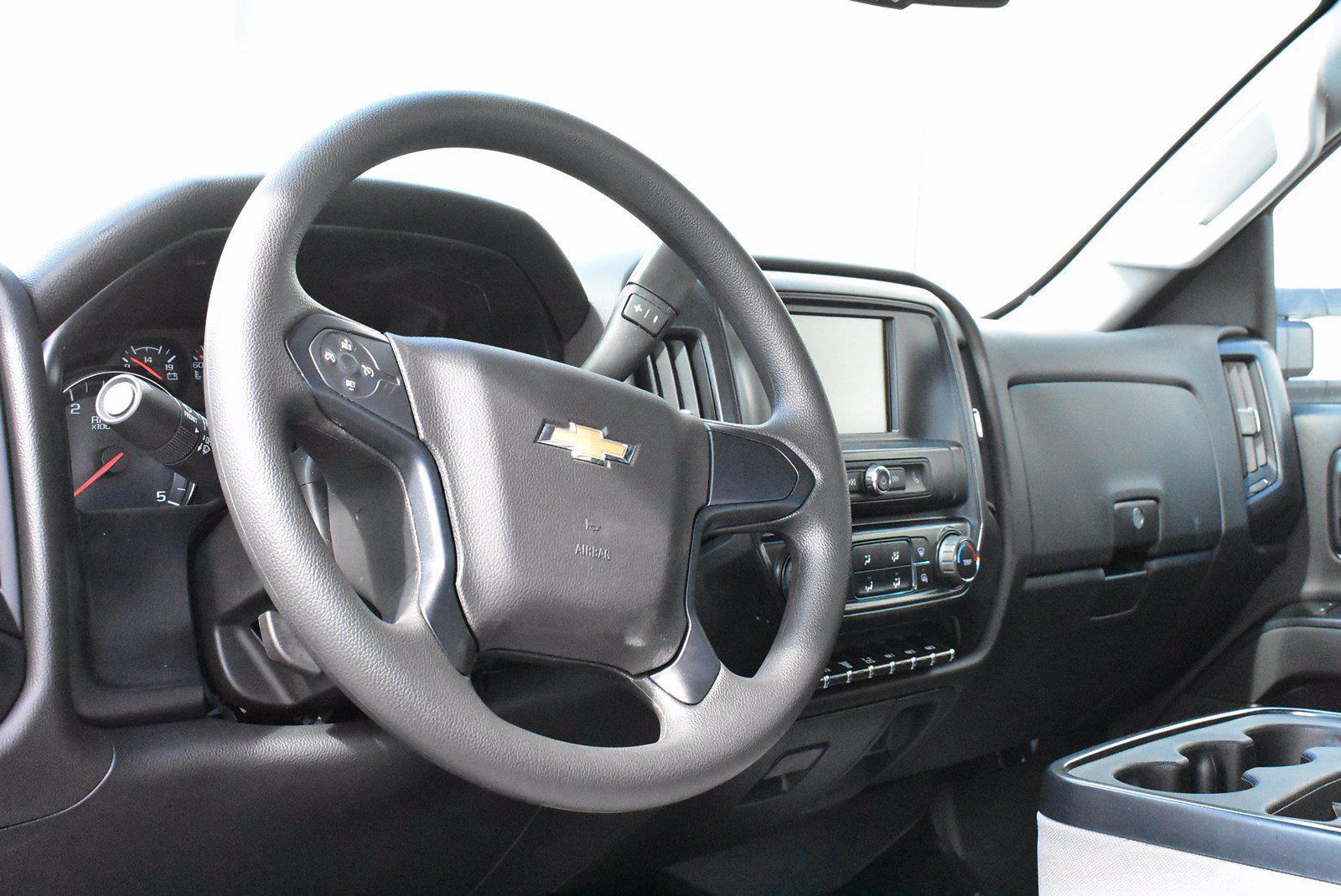 2020 Chevrolet Silverado 5500 DRW 4x2, Cab Chassis #D100326 - photo 4
