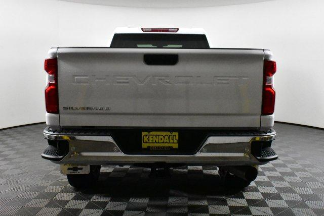 2020 Silverado 3500 Crew Cab 4x4, Pickup #D100357 - photo 6