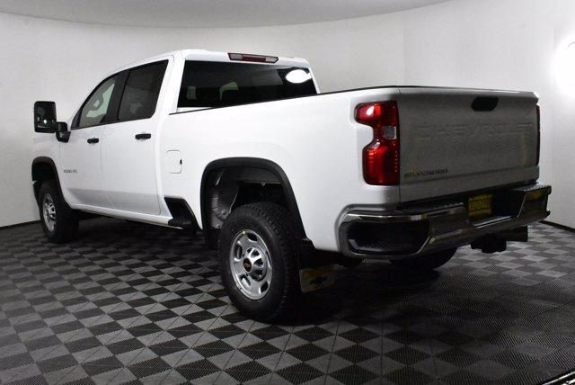 2020 Chevrolet Silverado 2500 Crew Cab 4x4, Pickup #D100358 - photo 2