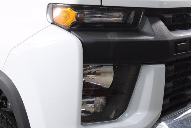 2020 Silverado 2500 Regular Cab 4x4, Pickup #D100368 - photo 5