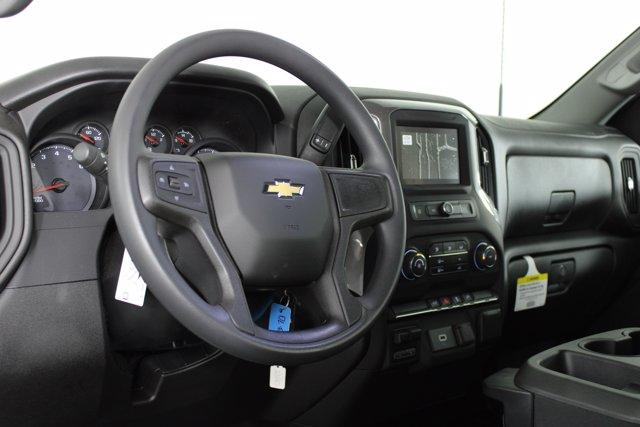 2020 Chevrolet Silverado 2500 Regular Cab 4x4, Pickup #D100368 - photo 9
