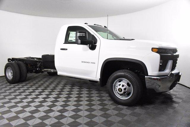 2020 Chevrolet Silverado 3500 Regular Cab DRW 4x4, Cab Chassis #D100370 - photo 4