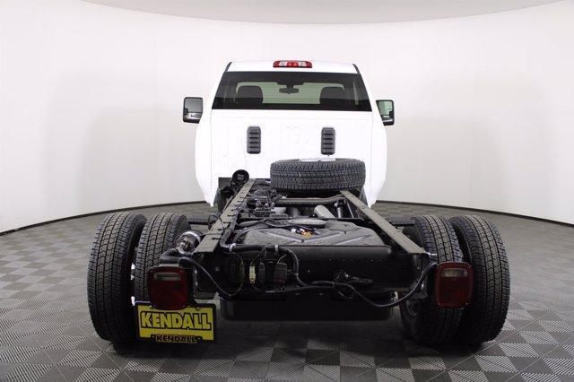 2020 Chevrolet Silverado 3500 Regular Cab DRW 4x4, Cab Chassis #D100378 - photo 1