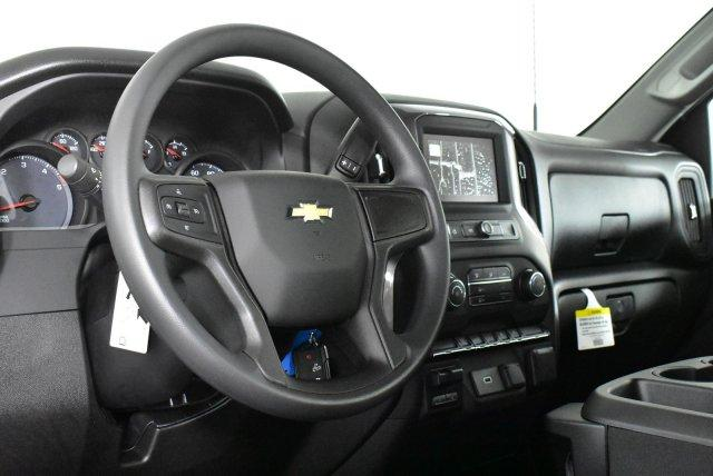 2020 Chevrolet Silverado 3500 Regular Cab 4x4, Pickup #D100381 - photo 8