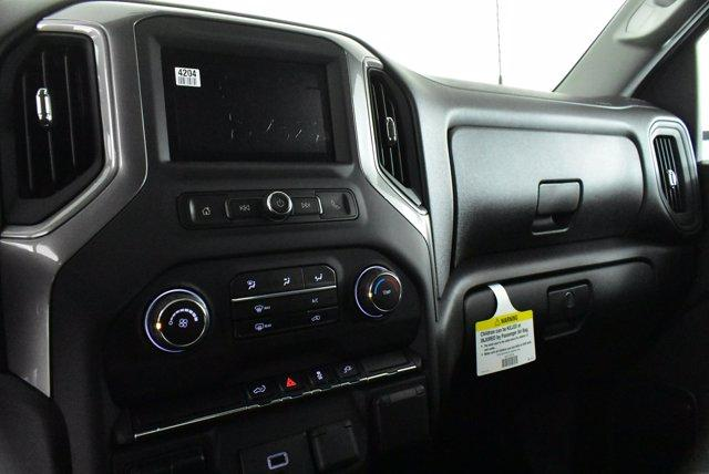 2020 Chevrolet Silverado 2500 Double Cab 4x4, Pickup #D100398 - photo 11