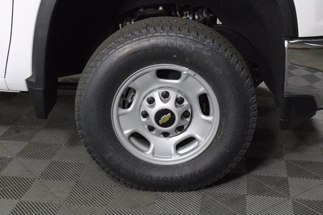 2020 Chevrolet Silverado 2500 Double Cab 4x4, Cab Chassis #D100400 - photo 5