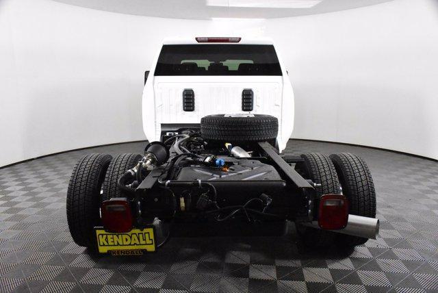 2020 Chevrolet Silverado 3500 Crew Cab DRW 4x4, Cab Chassis #D100407 - photo 1