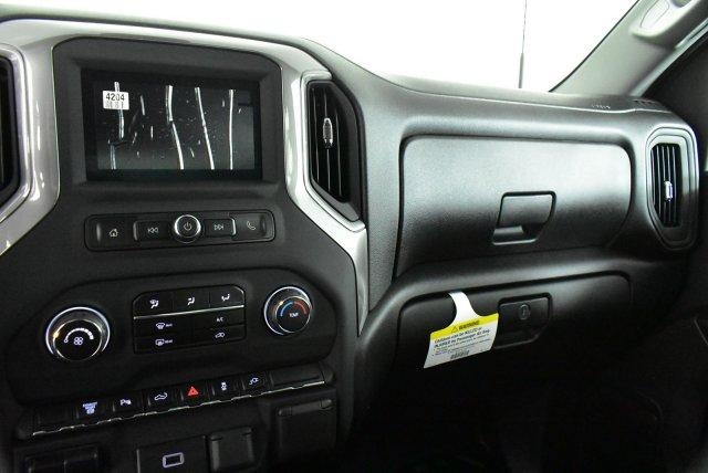 2020 Chevrolet Silverado 3500 Crew Cab 4x4, Pickup #D100409 - photo 11