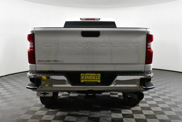 2020 Silverado 3500 Crew Cab 4x4, Pickup #D100409 - photo 7