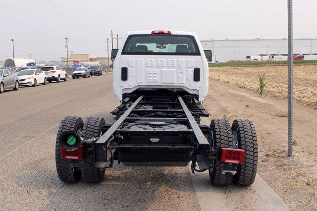 2020 Chevrolet Silverado Medium Duty Crew Cab DRW 4x4, Cab Chassis #D100455 - photo 2
