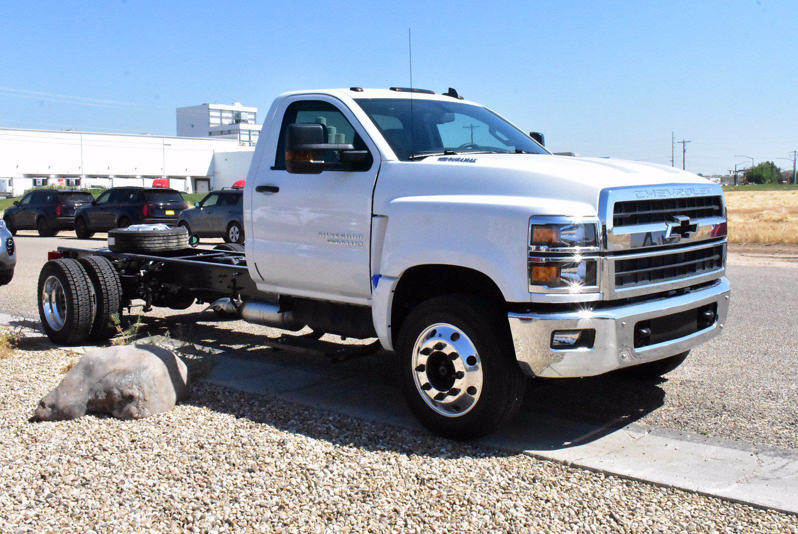 2020 Chevrolet Silverado 5500 DRW 4x2, Cab Chassis #D100456 - photo 4